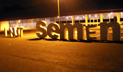 This photo has nothing to do with anything. I just think the phrase I NUT semEn is funny. (Photo courtesy of sister72 via flickr.com)
