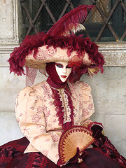 I wish I was born the April,2 1725 in Venice (Giuseppe Bognanni) Tags: carnival venice costume carnevale venezia venedig fasching masques novideo interestingness54 i500 bognanni disc0stu giuseppebognanni