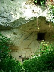 Loire 2006 036 (Phil Mercer-Kelly) Tags: phil mercer philmercer france loire saumur anger holiday wine cave house tunnel vine grape river