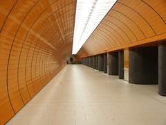 Marienplatz (Stadtneurotiker) Tags: germany underground subway munich münchen deutschland football minolta fifa soccer 2006 weltmeisterschaft wm ubahn worldcup u3 marienplatz mvv fusball öpnv feverpitch dimage7i mvg u6 ubahnmünchen stadtneurotiker ubahnmuenchen:station=mp ubahnmuenchen:line=3 ubahnmuenchen:line=6