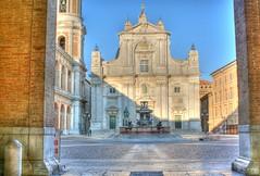 Loreto! HDR (otrocalpe) Tags: italy square town italia madonna piazza loreto hdr marche ancona otrocalpe