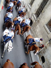 Equestrian military band in Paris - 1 (Josh Clark) Tags: horses music paris police