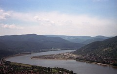 Danube Bend (Tiffibunny) Tags: city water river austria boat europe hungary budapest danube