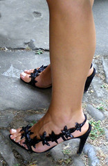 ke kognata! - what a sister in law! (pucci.it) Tags: foot shoes highheels toe legs femalefeet