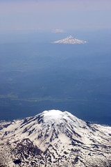 Window Seat: Volcanoes of the Northwest (Weave) Tags: oregon washington mtjefferson mthood mtadams mounthood mountadams ericweaver mountjefferson