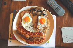 Birthday Breakfast! (Mr-Wild) Tags: food english face breakfast mushrooms beans toast wholemeal sausages happybirthday eggs fried sunnysideup brekkie anthropomorphistmunching friedbreadwhere nobacontwat wheredehashbrownswintson