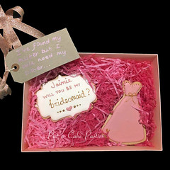 Bridesmaid-cookie-boxed-individual-2 (Relznik) Tags: bridesmaid cookies cookie favor favour dress royalicing piping