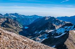 Vall Oulettes (faltimiras) Tags: circo glaciar pyrenees pequeo petit pirineos pirineus cresta circ gavarnie glacera vignemale tallon marbore oulettes tailon viamala vinyamala