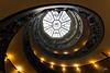 L'envers du décor (www.jeanpierrerieu.fr) Tags: wwwjeanpierrerieufr rome vatican escalier escaliers stair stairs jaune verriere light