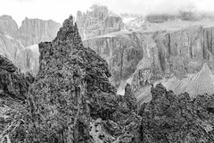 87 (Alessandro Gaziano) Tags: alessandrogaziano valgardena altoadige dolomiti dolomites unesco panorama landscape italia montagna cielo italy mountains foto fotografia