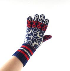 1950s-60s Norwegian Selbu star wool gloves (Small Earth Vintage) Tags: smallearthvintage vintagemittens vintagegloves accessories norwegianmittens handknitmittens woolmittens scandinavian nordic selbu star