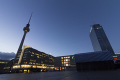Alexander Platz (Noémie.dl) Tags: berlin new year nouvel an 2016 2017 architecture colours colors nb black white reichstag allemagne germany hockey wall mur winter christmas noel