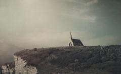 Church on cliff 💙 have an inspirational day citizens! (soleá) Tags: soleá carmengonzález travelphotography cliffs cliff building normandybeach normandy normandie catholicchurch church traveleurope travel  france étretat
