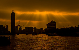Crepuscular Rays Over the Thames