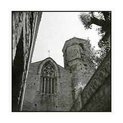 church • besalu, catalunya • 2016 (lem's) Tags: church eglise besalu catalunya catalogne catalona spain espagne zenza bronica