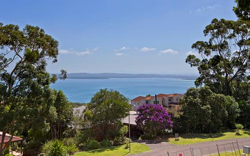 6 Canomii Close, Nelson Bay NSW 2315
