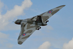 Avro Vulcan B.2 (Bri_J) Tags: jet airshow vulcan bomber raf coldwar avro xh558 avrovulcan oldwarden vtst shuttleworthmilitarypageant worldwar1commemeration