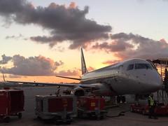 YX E175 MIA (Luis Fernando Linares) Tags: yx republic planespotting boarding kmia miami mia e175 embraer aviation avgeek airlines american