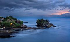 Tanah Lot (Andres Pela) Tags: bali indonesia temple sunset atardecer canon 6d asia travel viajar paisaje landscape