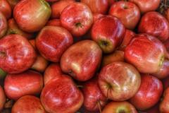 Appel - Apple (eric zijn fotoos) Tags: detail macro market eten nikkor40mmmicrof28 vegetables nikond7100 markt food makro