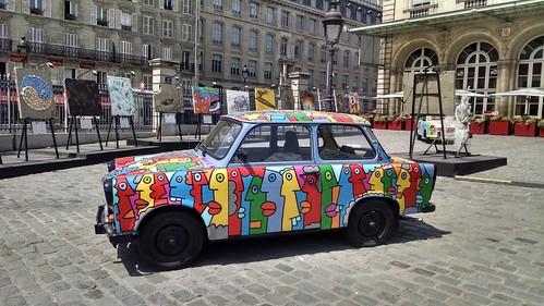 Da série Expo Muro de Berlin à la Gare de L'Est