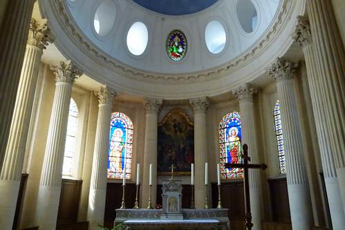 Givry, Kirche