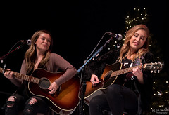 Maddie & Tae @ Hometown Holiday (Kirk Stauffer) Tags: kirk stauffer photographer nikon d5 adorable amazing attractive awesome beautiful beauty charming cute darling delicate fabulous feminine glamour glamorous goddess gorgeous lovable lovely perfect petite precious pretty siren stunning sweet wonderful young female girl lady woman women live music tour concert show stage gig song sing singer singing vocals vocalist perform musician band lights lighting indie country long blonde blue eyes model tall fashion style portrait smile smiling play playing acoustic guitar seattle seated