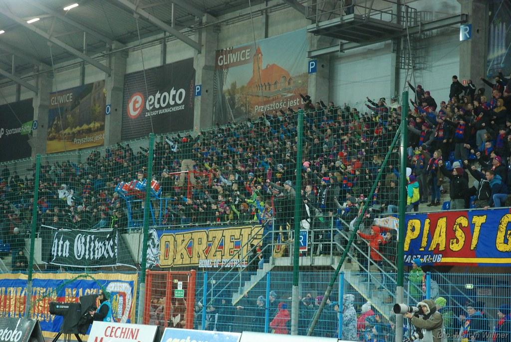 Piast_vs_Legia_2016_12-40