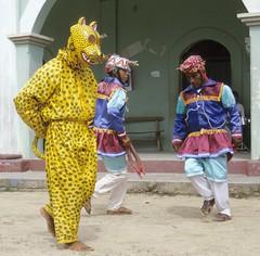 Tigre Jaguar Dance Oaxaca Mexico (Ilhuicamina) Tags: jaguar tigre danzantes dancers regalia masks costa mixteca mixtec oaxaca mexico sanjuancolorado
