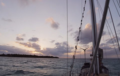 Ocean Sailing (worlogha) Tags: sunset beautifulsunset caribbean sailing sail sailboat sailingboat silouette sea sails