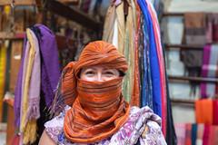 Textile Mill Tour (Zlatko Unger) Tags: fez fes morocco fès medina tour el bali feselbali horse hair weaving loom machine turban