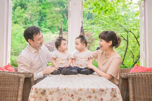 親子寫真,親子攝影,雙胞胎攝影,兒童親子寫真,雙胞胎親子攝影,雙胞胎親子,陽明山,陽明山攝影,家庭記錄,19號咖啡館,婚攝紅帽子,familyportraits,紅帽子工作室,Redcap-Studio-19