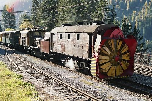 RD14228. Xrot 9213 at Untervaz.