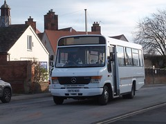 E Coaches S870NOD Alfreton (Guy Arab UF) Tags: e coaches alfreton s870nod mercedes benz vario o814 plaxton beaver bus marshall street derbyshire independents buses