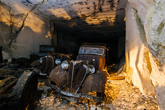Monsieur Rusty (lars.avanzini) Tags: france frankreich urbex cave car cargraveyard graveyard abandoned forgotten lost lostplace lostplaces urban exploring exploration ubrex urbanexploration