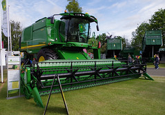 John Deere T670 (andyflyer) Tags: farming machinery agriculture harvester johndeere farmmachinery combineharvester 2015highlandshow highlandshow2015 johndeeret670 t670combine 2015royalhighlandshow