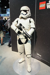 IMG_8164 (Marcelo David) Tags: starwars lego sandiego stormtrooper comiccon vii hasbro sdcc 2015 sandiegocomiccon firstorder episode7 blackseries theforceawakens