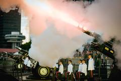 21 Gun Salute (Acousticalroy) Tags: artillery 21gunsalute 25pounder sg50
