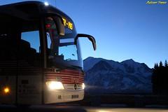 Voyages S.A.T, Pays du Mont-Blanc (Autocars France) Tags: mercedes mercedesbenz tourismo o350 rhd m2 voyages voyagessat sat montblanc nuit night daimler evobus euro5 michelin plainejoux transports voyageurs