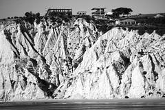 Calanchi e abusi (arturo.gallia) Tags: sunny december agrigento sicily travel sea mare dicembre sicilia scaldeiturchi scaladeiturchi spiaggia
