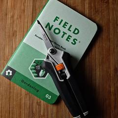 Pruning Snips (The Marmot) Tags: art design flickr tool ordinary fieldnotes photo365 fieldnotesbrand x100s