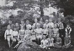 Norra ngby Folkskola, klass 4b, vrterminen 1937 (Olle Sundh) Tags: stockholm norra skola klass bromma svv skolfoto ngby folkskola skolbarn vultejusvgen