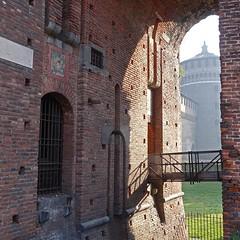 Sforza Castle 01 (Bosc d'Anjou) Tags: italy milan milano castellosforzesco sforzacastle