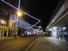 Looking South (LookaroundAnne) Tags: afterdark lights lines crisscross christmaslights greatyarmouth yarmouth norfolk pathscaminhos