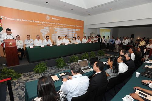 El gobernador Javier Duarte asistió al Primer Encuentro para la Protección contra Riesgos Sanitarios