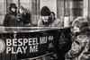 play me (Gerard Koopen) Tags: nederland netherlands amsterdam city cs centraalstation centralstation bw blackandwhite bespeelmij playme piano people woman women man child musician pianist fujifilm fuji xpro2 56mm 2016 gerardkoopen