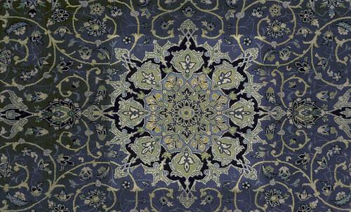 """Alfombras, espacios íntimos que simbolizan templos, árboles de la vida y el conocimiento, astros y paradisos. • <a style=""""font-size:0.8em;"""" href=""""http://www.flickr.com/photos/30735181@N00/32610070025/"""" target=""""_blank"""">View on Flickr</a>"""