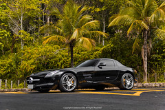 Mercedes-Benz SLS AMG (Jeferson Felix D.) Tags: mercedes benz sls amg mercedesbenzslsamg mercedesbenzsls canon eos 60d canoneos60d brazil brasil worldcars photography fotografia photo foto camera rio de janeiro riodejaneiro