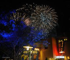 Sci-fi symphony (ddindy) Tags: orlando florida fireworks disney disneyworld waltdisneyworld starwarsweekend starwarsweekends scifidinein disneyshollywoodstudios fireworksfriday