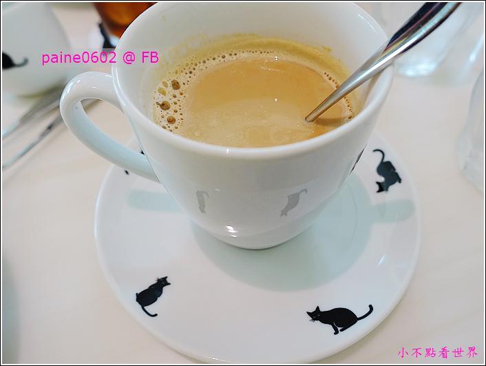 大阪Chat Noir Cafe (44).JPG